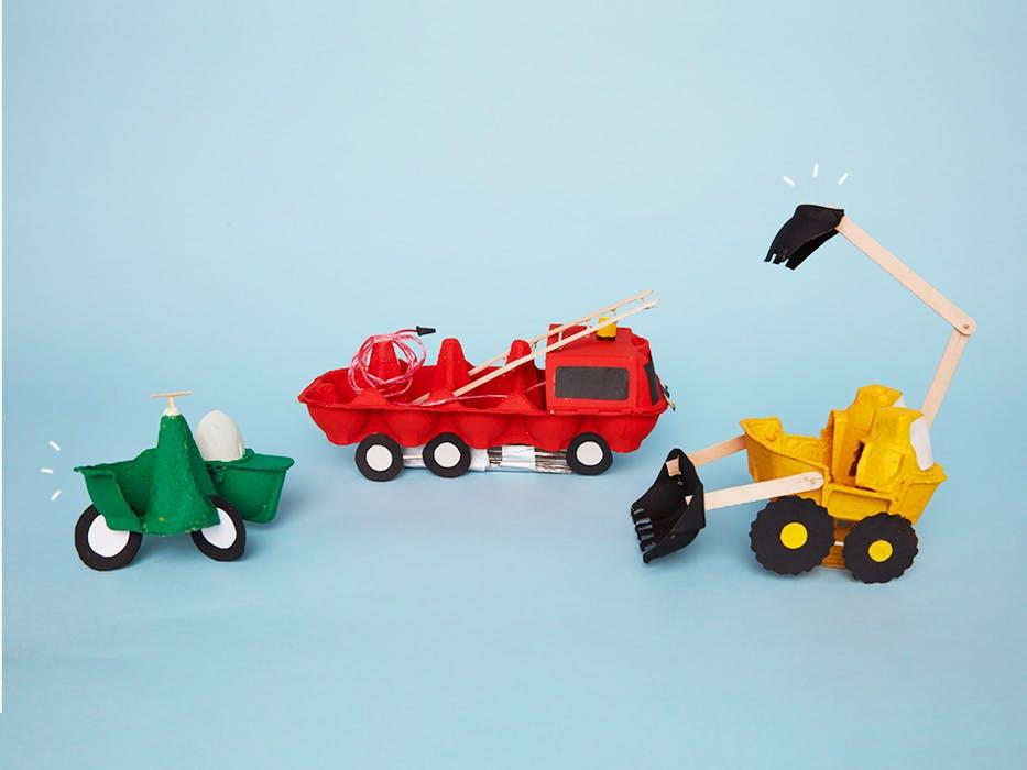 Transformez des boîtes d'oeufs en 8 véhicules